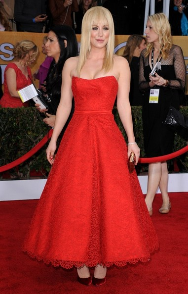 19th Annual Screen Actors Guild Awards..Shrine Auditorium, Los Angeles, CA..January 27, 2013..Job: 130127A1..(Photo by Axelle Woussen)..Pictured: Kaley Cuoco.