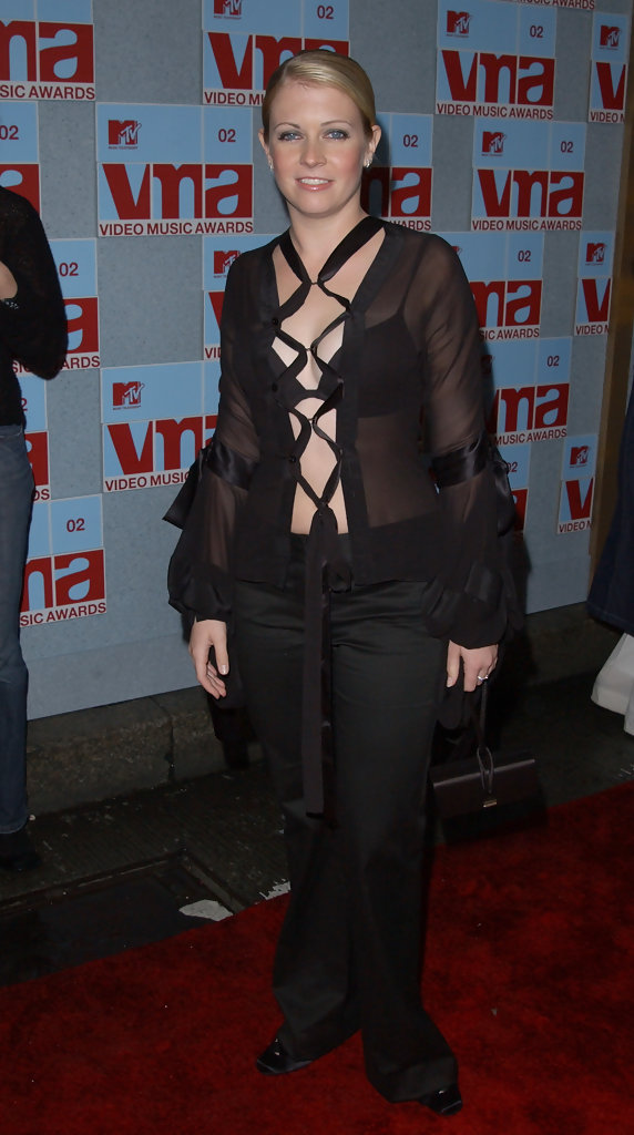 melissa joan hart - melissa joan hart photos - 2002 mtv video music awards - arrivals