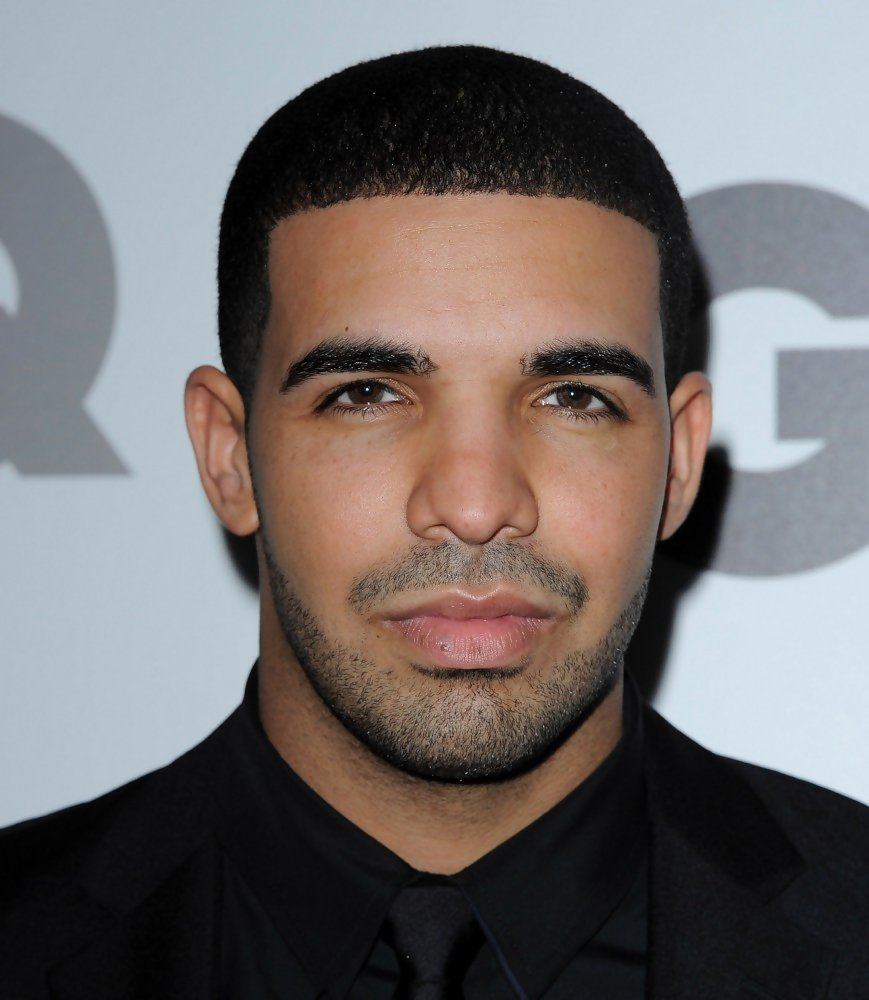 Drake photos photos 2010 gq men of the year party zimbio for Thedrake