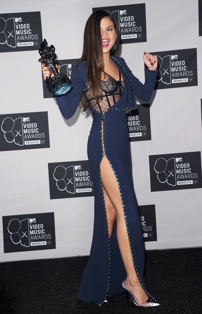 selena gomez photos press room at the mtv video music