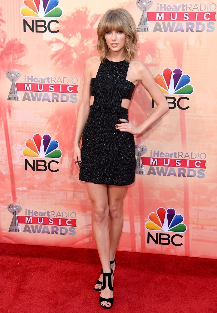 taylor swift zimbio dating The number one rule for dating as a single mother is not to introduce every guy to  your  christian forums dating a divorcee forum - i welcome all theories  hot  single girls in arlington hot single men in arlington taylor swift zimbio dating.