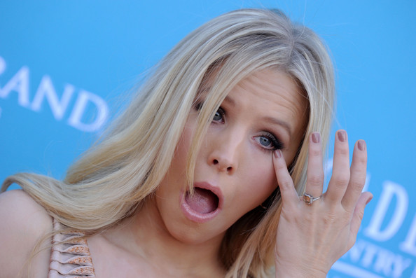 Kristen Bell Loves Her Engagement Ring Kristen Bell Zimbio