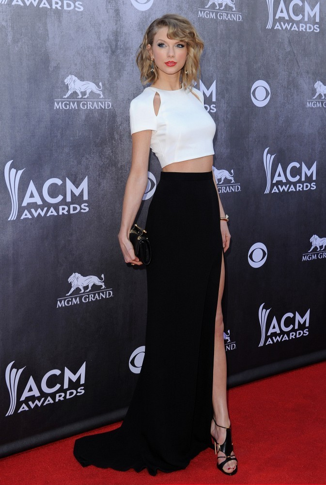 Photos arrivals at the academy of country music awards zimbio