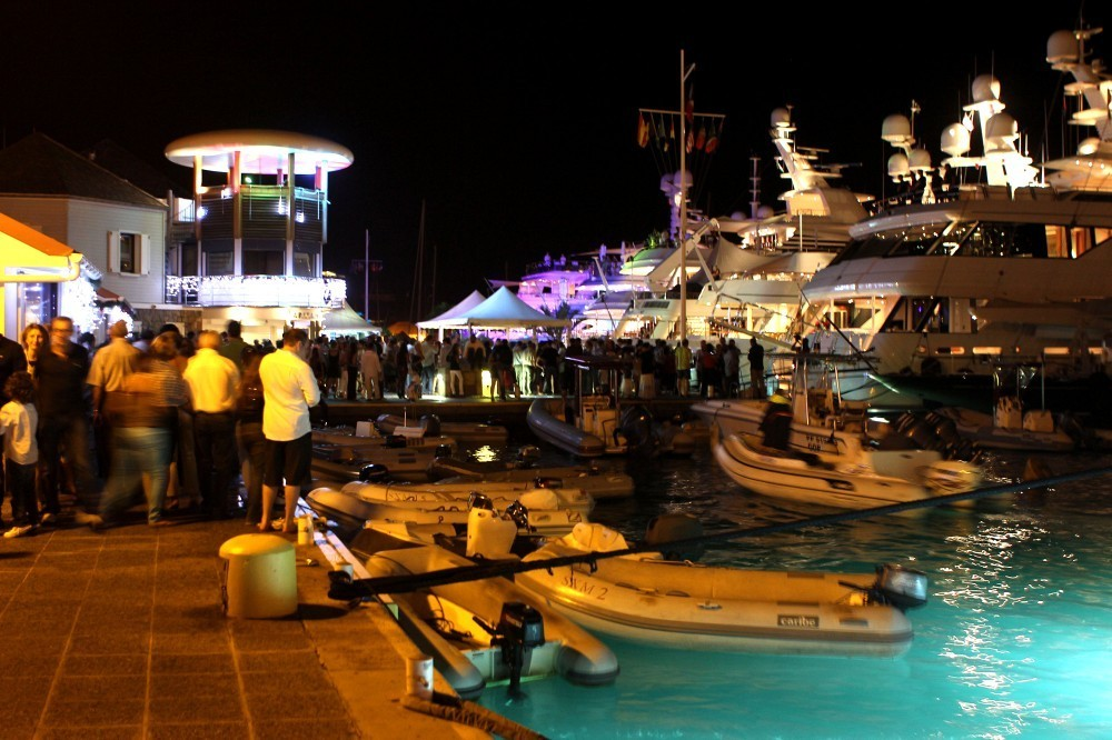 Best Island Beaches For Partying Mykonos St Barts: Celebs At Roman Abramovich's New Year's Party