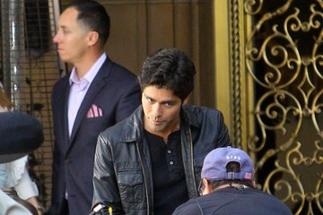 Adrian Grenier Scenes from the 'Entourage' Set — Part 2