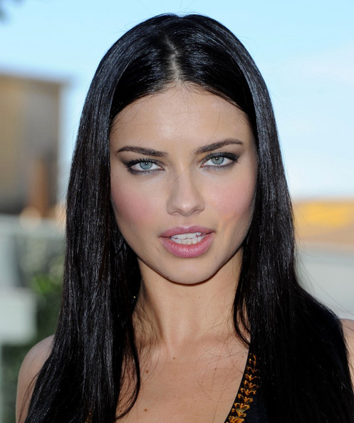 adriana lima 2011 photos. Adriana Lima Victoria#39;s Secret