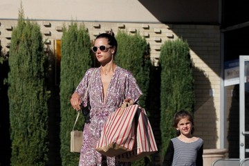 Alessandra Ambrosio Alessandra Ambrosio Out in Brentwood