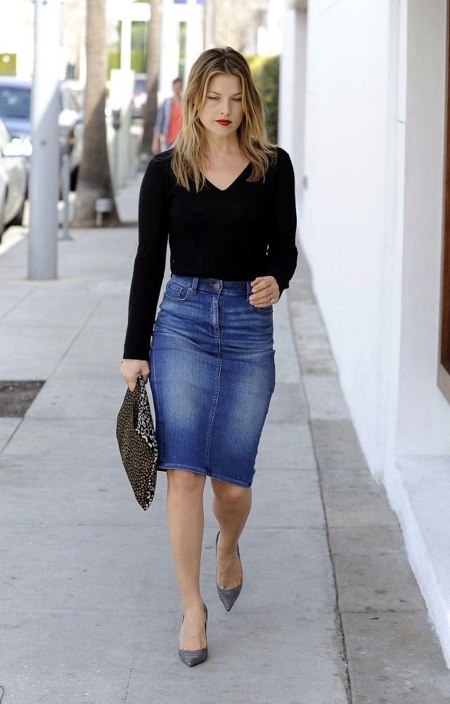 Ali Larter heads to lunch in West Hollywood.