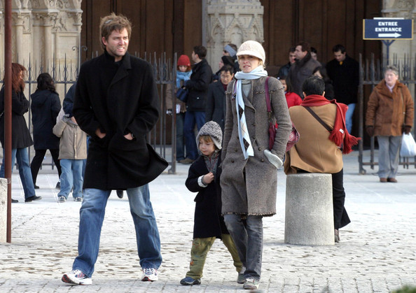 amber valletta husband. Amber Valletta and Family in