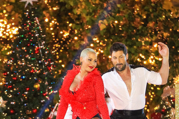 Amber Rose Amber Rose and Maksim Chmerkovskiy at the 'Dancing with the Stars'