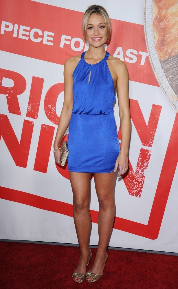 katrina bowden in american reunion premiere zimbio. Black Bedroom Furniture Sets. Home Design Ideas