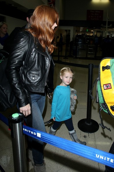 Amy Adams and Family Arrives at LAX []