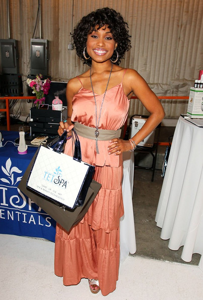Angell Conwell On The Go Beauty Mother's Day Celebration at Siren Studios .