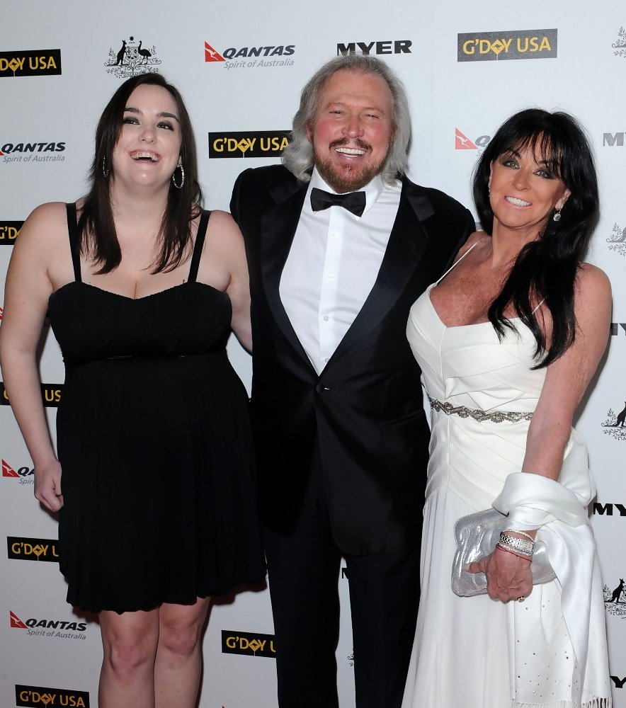 Barry & Linda Gibb http://www.zimbio.com/photos/Barry+Gibb/Linda+Ann+Gray