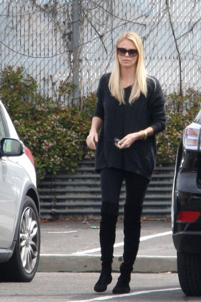 Charlize Theron in Charlize Theron Out With Her Son - Zimbio Charlize Theron Son