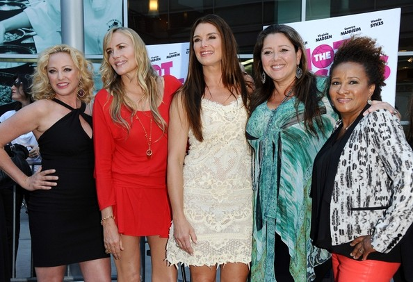Camryn Manheim and Brooke Shields Photos - 1 of 13
