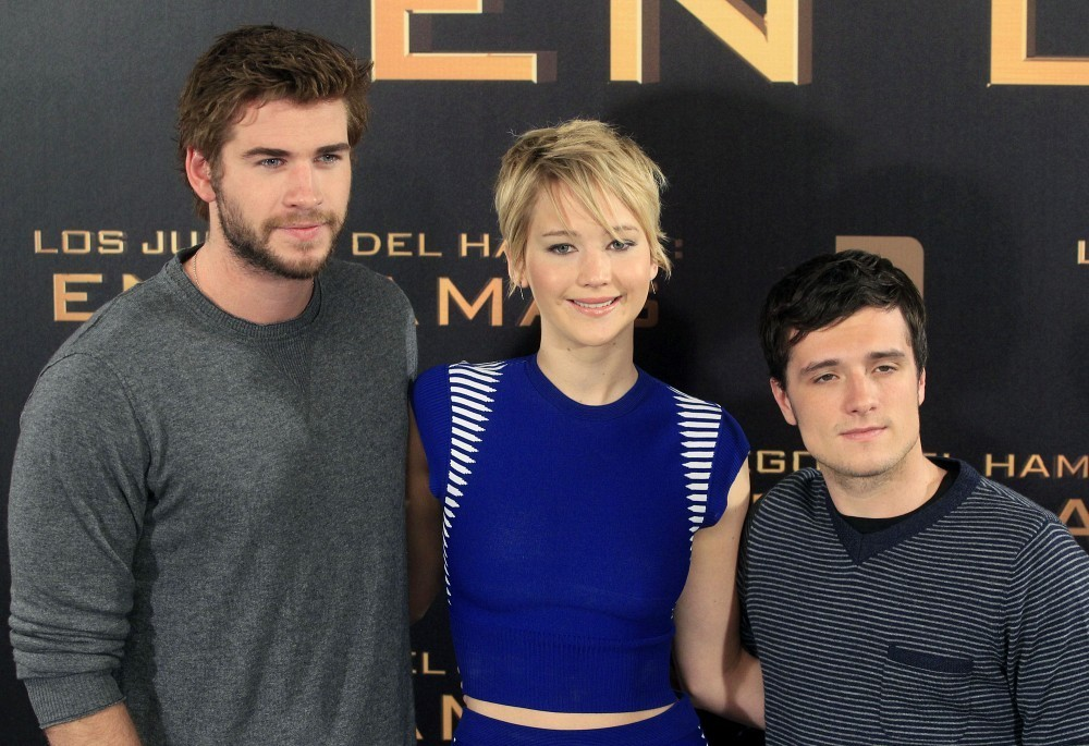 Josh Hutcherson And Jennifer Lawrence Kissing In Real Life