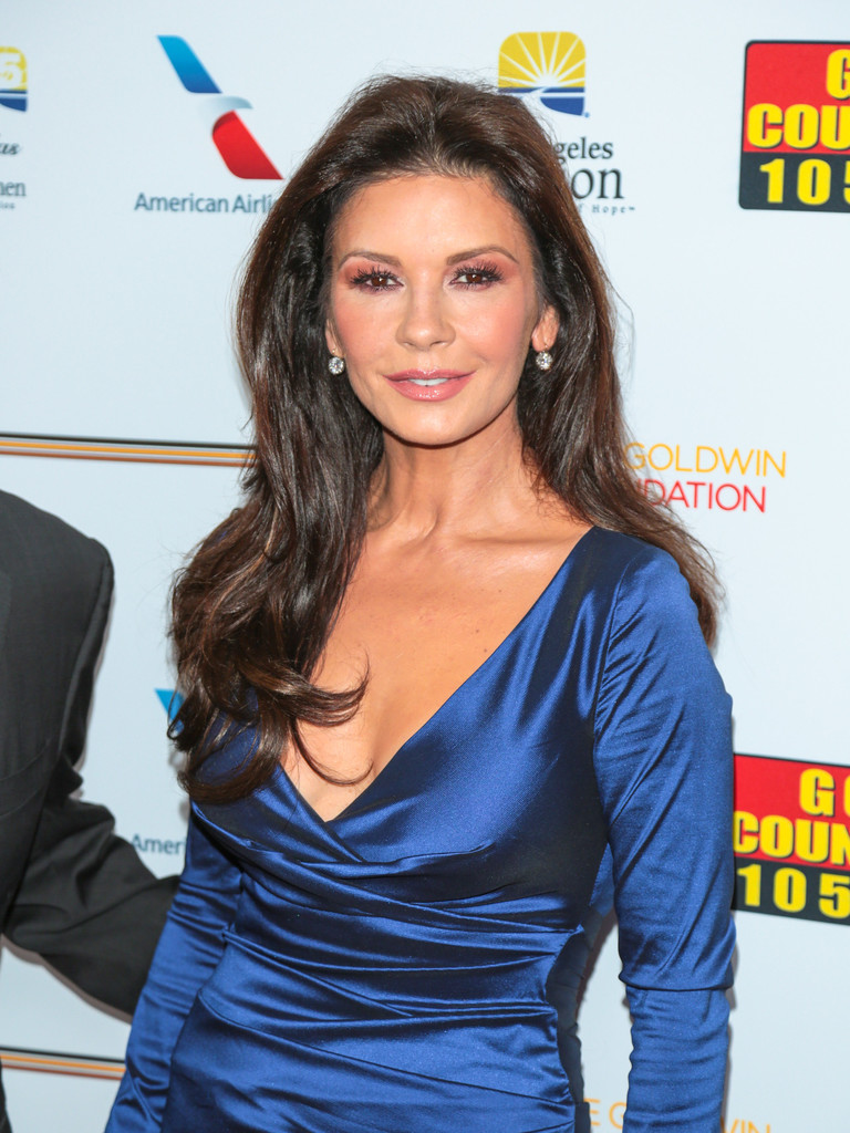 Catherine+Zeta+Jones+7th+Annual+Legacy+Vision+n8Khkevt_GQx.jpg