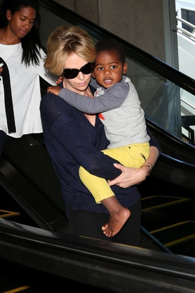Charlize Theron and Her Son at LAX - Zimbio Charlize Theron Son