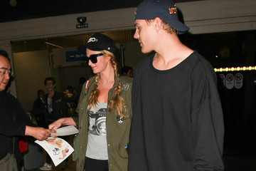 Chris Zylka Paris Hilton and Chris Zylka Are Seen at LAX