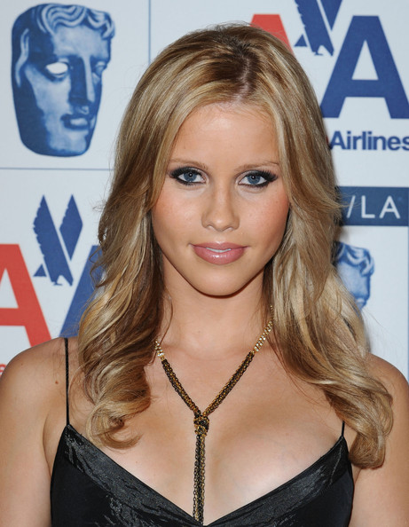 Claire Holt biography