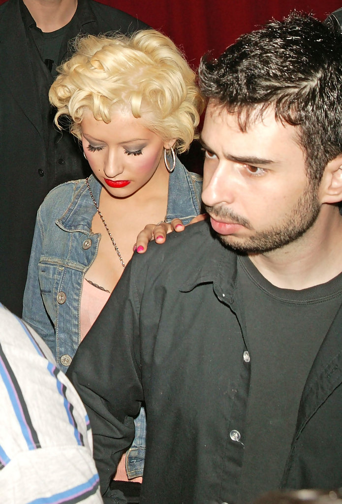 Christina Aguilera & boyfriend Photos Photos - Club Prey ...: http://www.zimbio.com/photos/Christina+Aguilera+boyfriend/Club+Prey/l-mnpGTzA-E