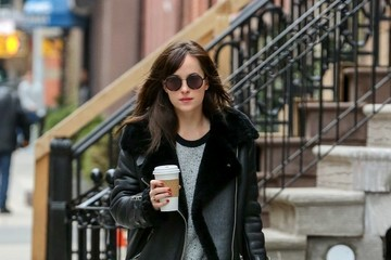 Dakota Johnson Dakota Johnson Grabs Coffee