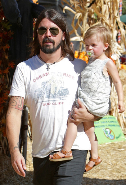 Dave Grohl And Harper Grohl Photos Photos Dave Grohl In