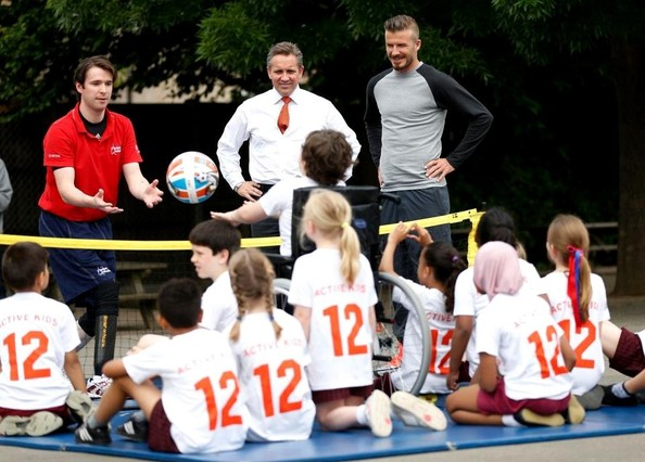 David beckham goes back to school in these twitter pictures paid a