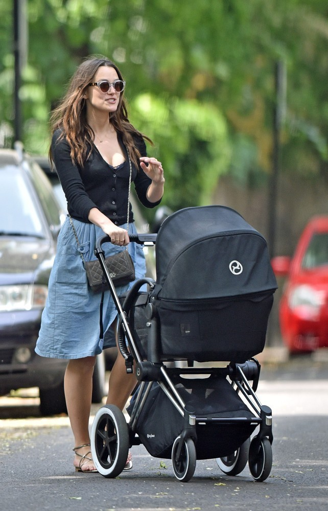 Keira knightley photos photos keira knightley strolls with her baby
