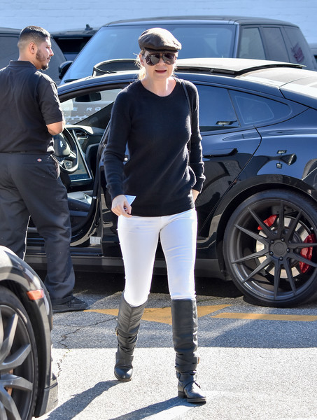 Ellen Pompeo Has a Blacked Out Tesla