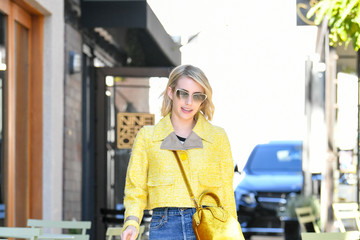 Emma Roberts Emma Roberts Is Spotted At The Hair Salon