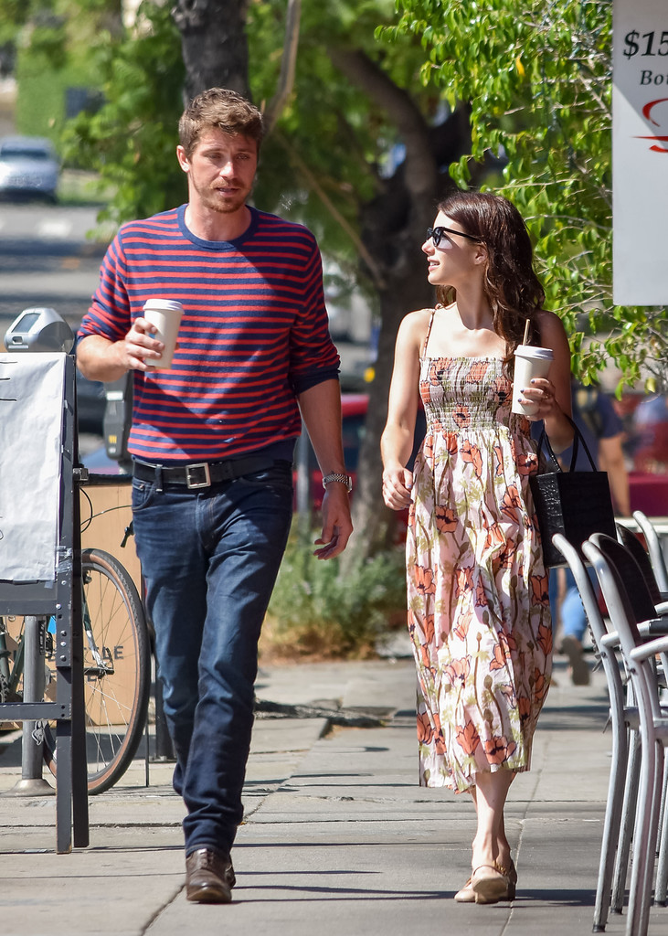 Emma Roberts And Garrett Hedlund Seen In Los Angeles - Zimbio