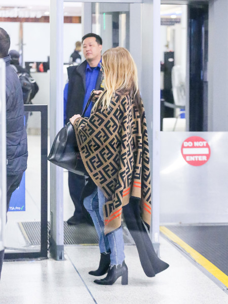 Fergie At LAX []