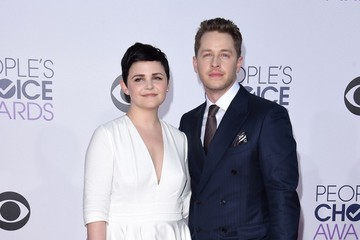 Ginnifer Goodwin Arrivals at the People's Choice Awards