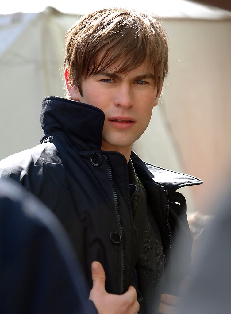 Chace Crawford Photos Photos - Gossip Girl in NYC - Zimbio