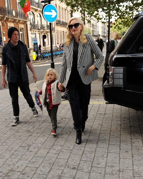 Gwen Stefani Out With Her Son