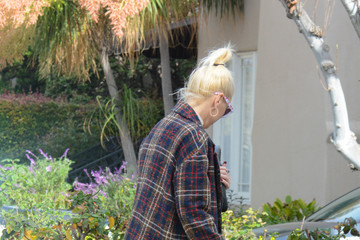 Gwen Stefani Gwen Stefani Is Seen Out In The L.A. Area With Her Son