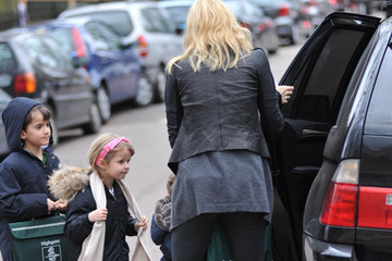 Apple Martin Gwyneth Paltrow Brings Her Kids to School
