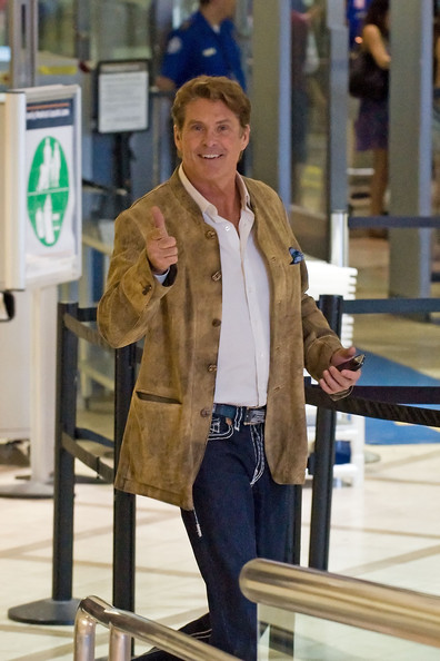 David Hasselhoff smiles and gives cameras a thumbs-up just days after news