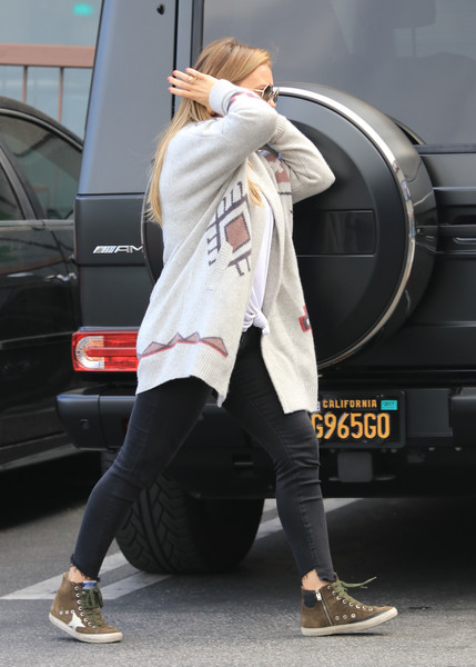 Hilary Duff Spotted in Los Angeles
