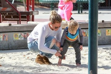 Hilary Duff Mike Comrie Hilary Duff Spends the Day with Family