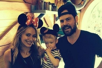 Hilary Duff Mike Comrie Celebrity Social Networking Snapshots