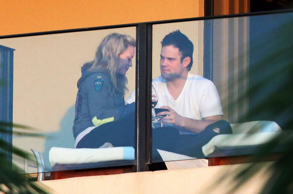 Hilary Duff And Mike Comrie Photos Photos Hilary Duff Engaged To Mike Comri