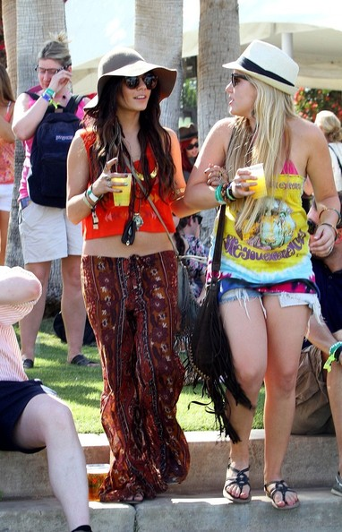coachella asian singles Local profiles report 2017 2016 non-hispanic asian 04% 62% -58% 127% represent coachella's share of riverside county.