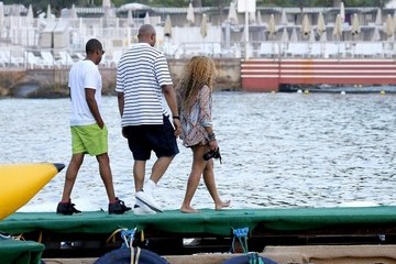 Jay-Z Beyonce Knowles Beyonce and Jay-Z at Sea 2
