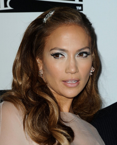 jennifer lopez hair color on american idol. jennifer lopez hair colour on