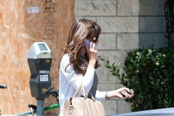 Jennifer Garner Jennifer Garner Shops in Beverly Hills
