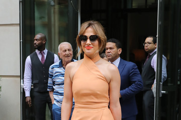 Jennifer Lopez J-Lo Goes Out in New York