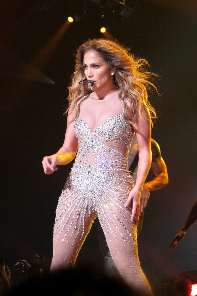 Jennifer lopez live in london zimbio Where does jennifer lopez live